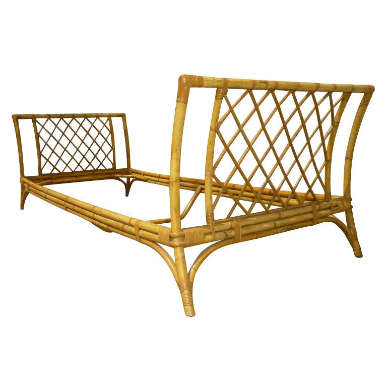 Louis Sognot Rattan Daybed In Excellent Condition Of