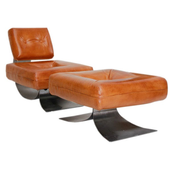 Lounge chair and ottoman by oscar niemeyer at 1stdibs for Chaise longue oscar niemeyer