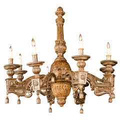 Fine Italian Neoclassic Giltwood Eight-Arm Chandelier, Late 18th Century