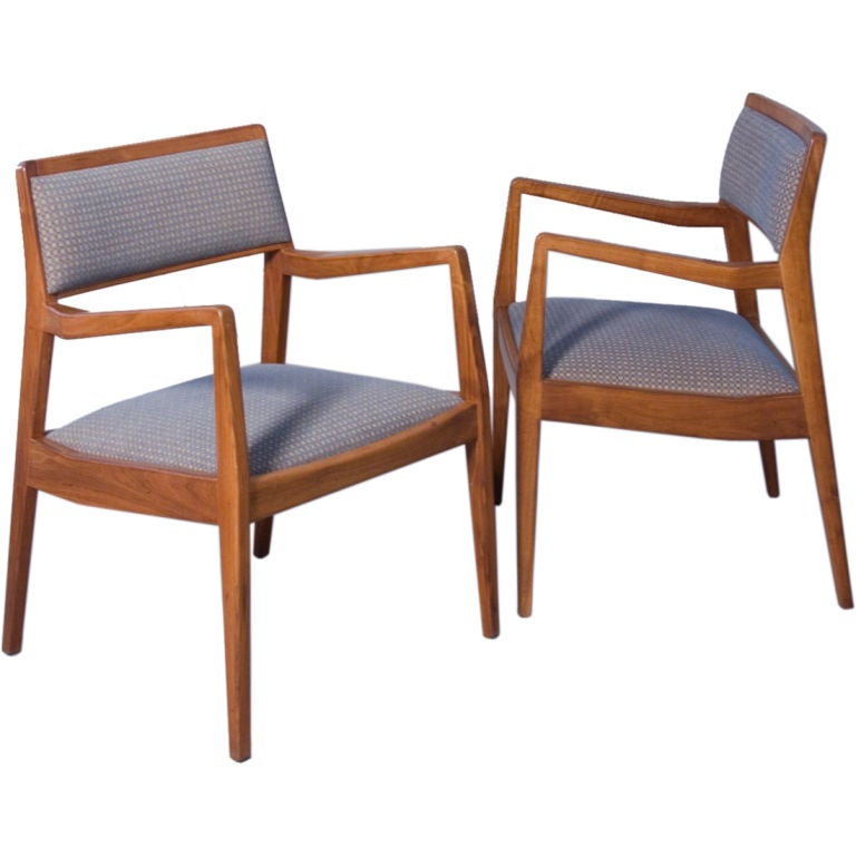 Pair of subtle and cool walnut open armchairs by jens for Cool armchairs