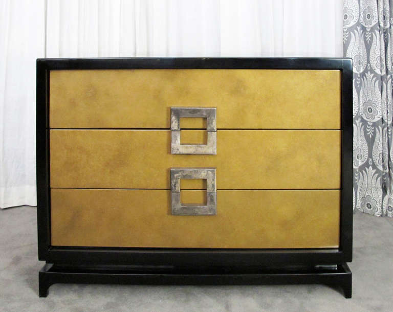 Mid-Century Modern Pair of Chests Attributed to Archibald Taylor For Sale