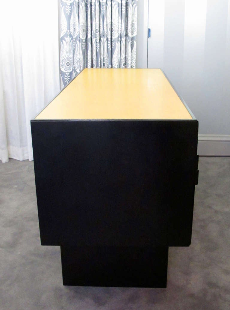 Desk Attributed to Paul Laszlo 8