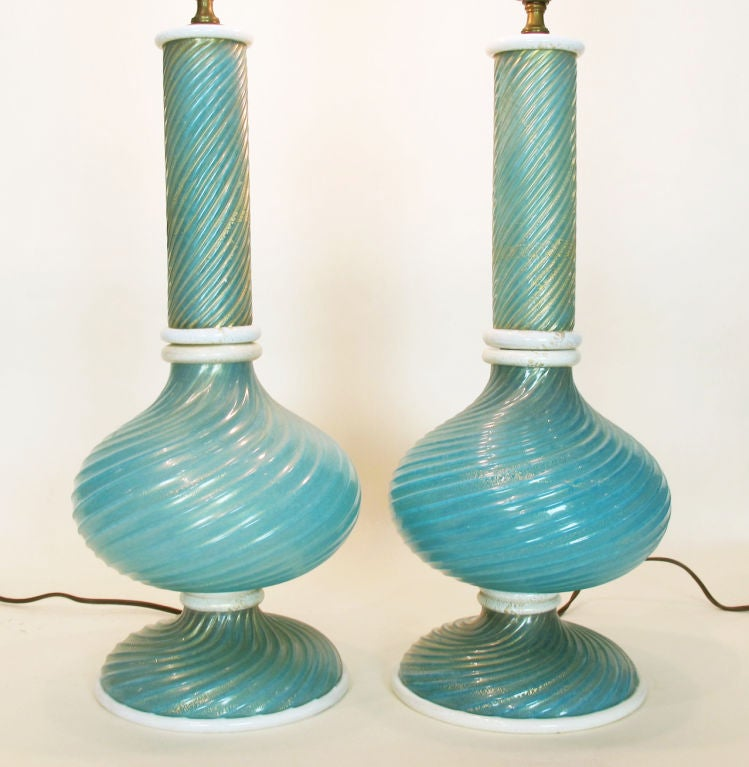 Mid-Century Modern Pair of Murano Glass Lamps by Barovier Et Toso For Sale