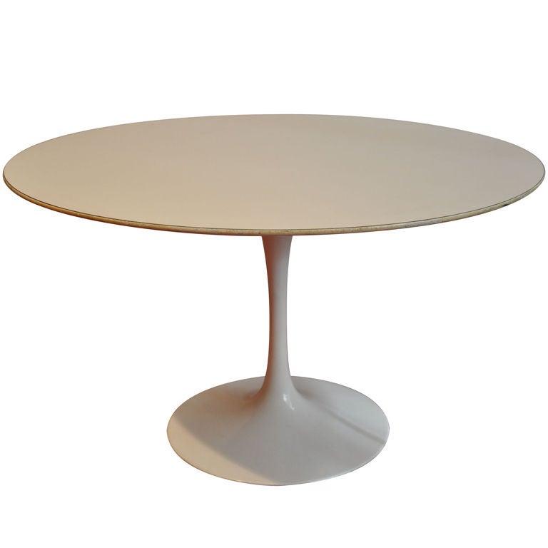 Low Table By Saarinen At 1stdibs
