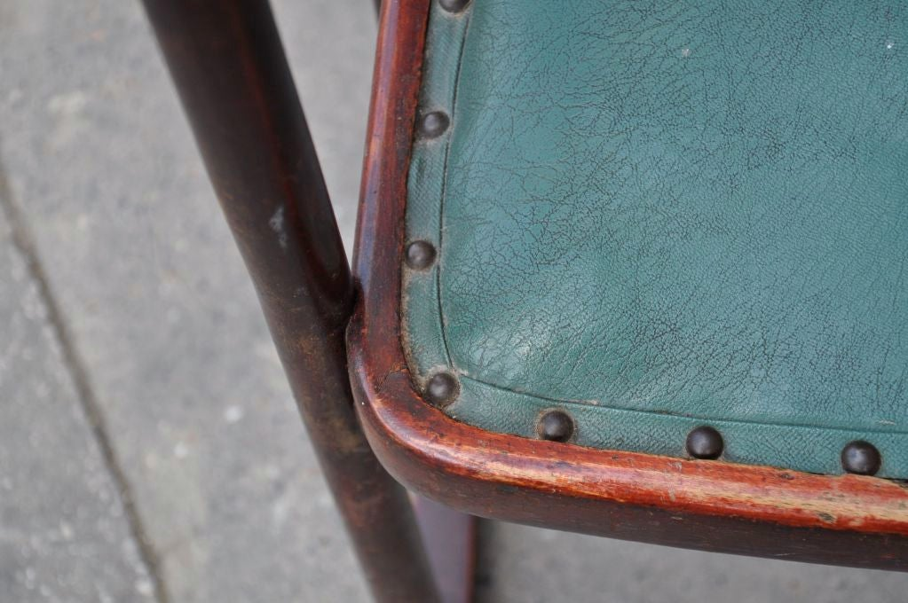 EDITION / THONET<br /> LABEL THONET UNDER THE SEAT