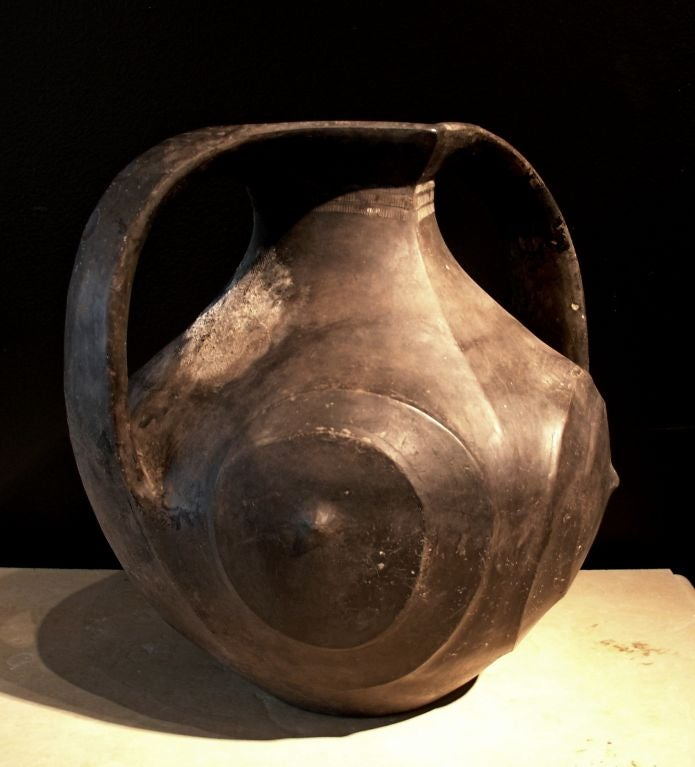 A Large Chinese Han Dynasty Black Pottery Amphora 4