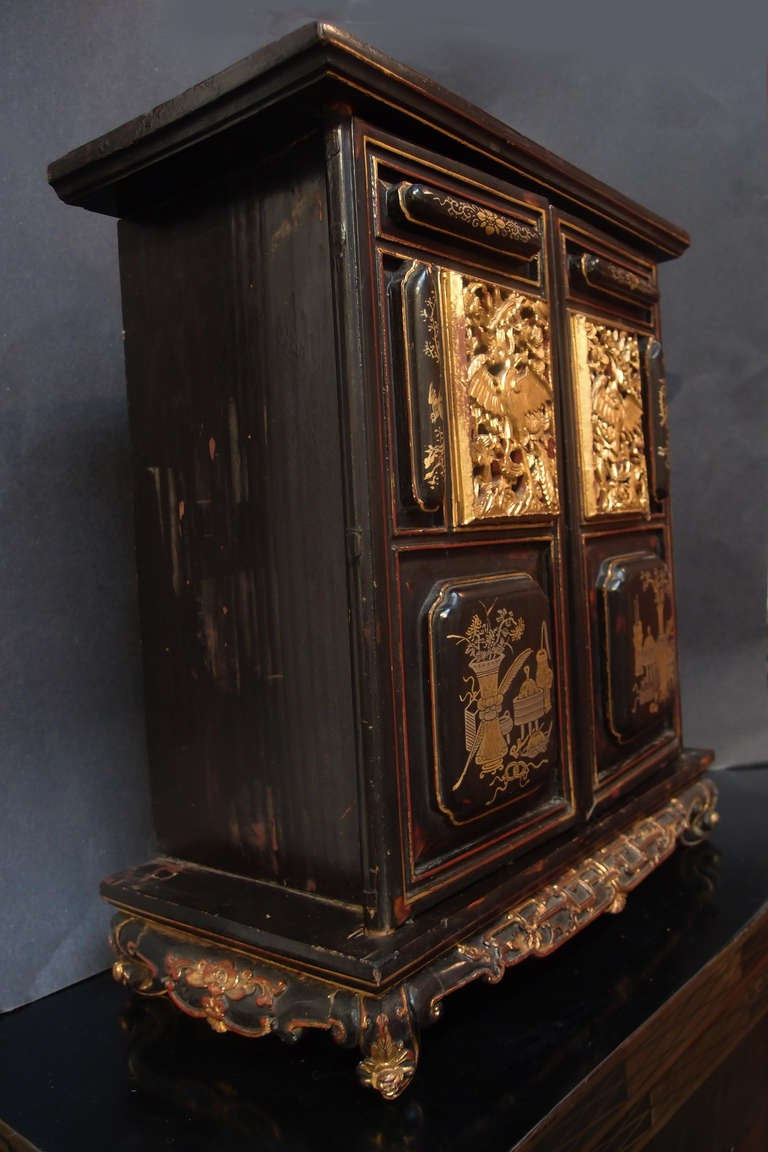 19th Century Chinese Lacquered and Gilt Shrine For Sale