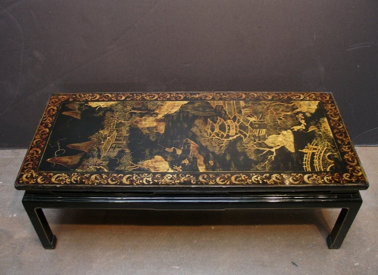 French A Chinoiserie Black Lacquer and Gilt Decorated Coffee Table For Sale
