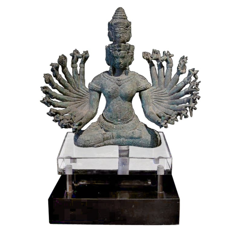 The embodiment of transcendental wisdom, Prajnaparamita is often referred to as the mother of all Buddhas. 