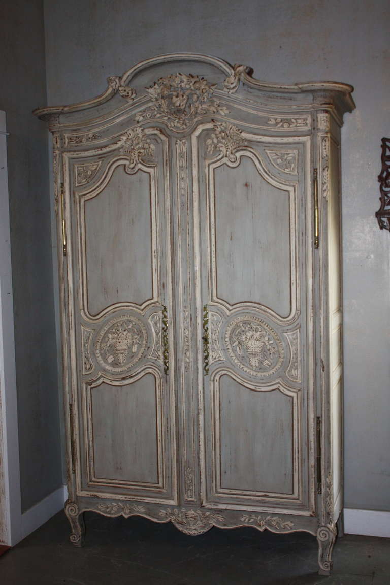 19th century french painted armoire at 1stdibs. Black Bedroom Furniture Sets. Home Design Ideas
