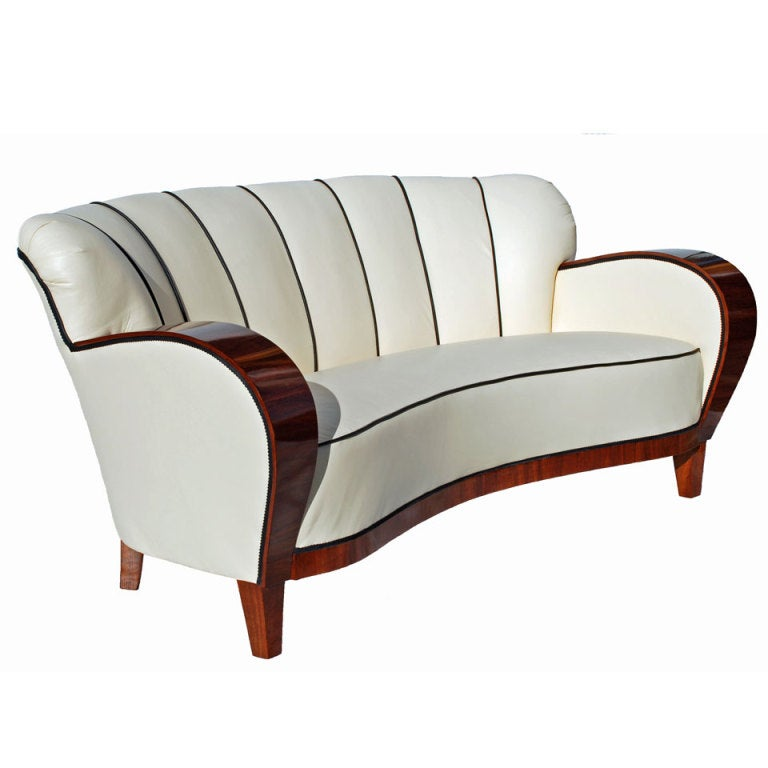an art deco curved walnut sofa circa 1930s at 1stdibs. Black Bedroom Furniture Sets. Home Design Ideas