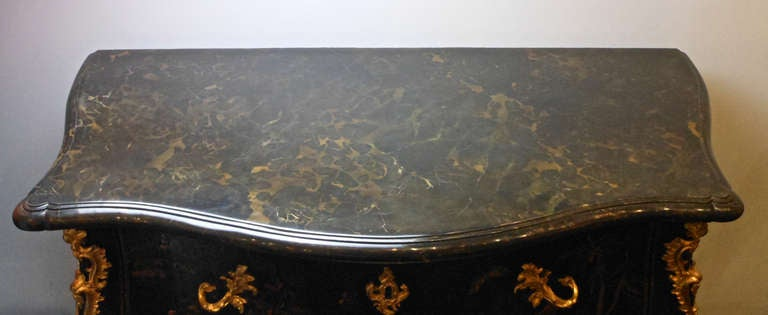 French Louis XV Gilt Bronze Mounted Black Lacquer Chinoiserie Commode For Sale 4
