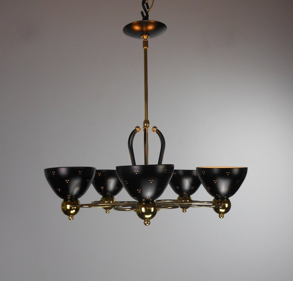 An American Mid-Century Modern Brass and Black Chandelier by Lightolier 3