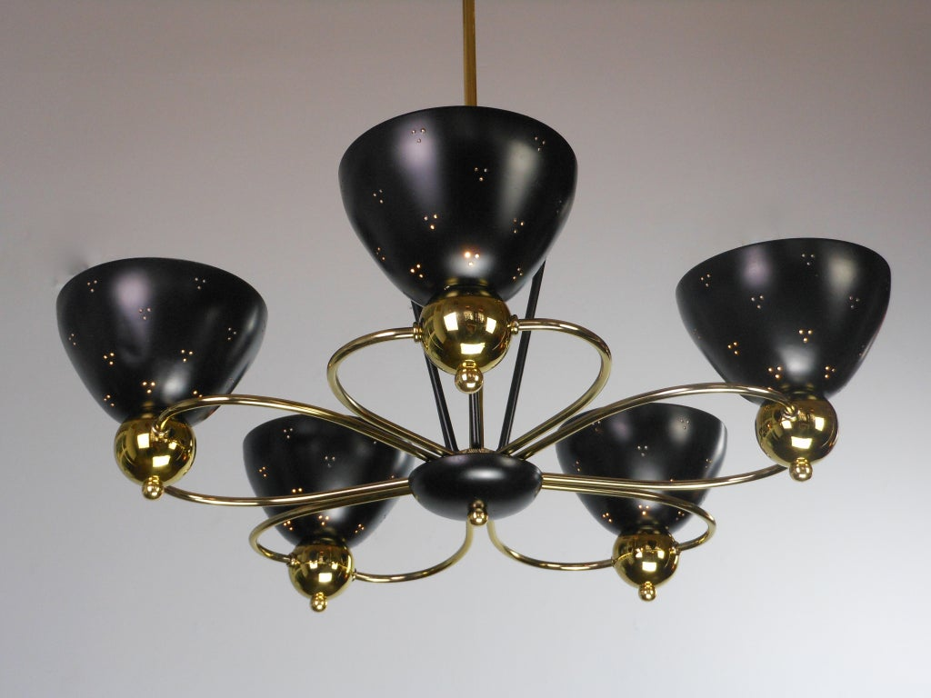 An American Mid-Century Modern Brass and Black Chandelier by Lightolier 4