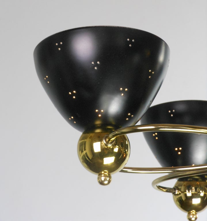 An American Mid-Century Modern Brass and Black Chandelier by Lightolier 9