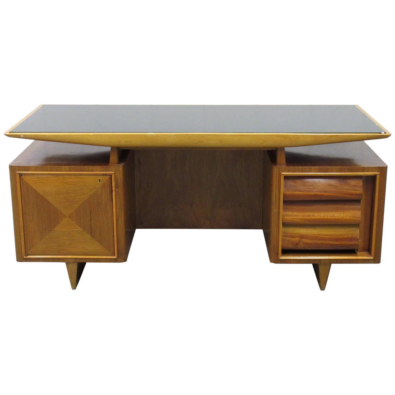 Mid-Century Modern Italian Executive Desk at 1stdibs