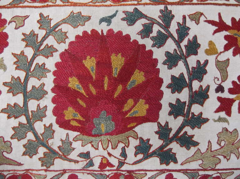 Hand Embroidery Suzani Textile Screen For Sale 2