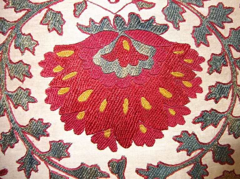 Hand Embroidery Suzani Textile Screen For Sale 3