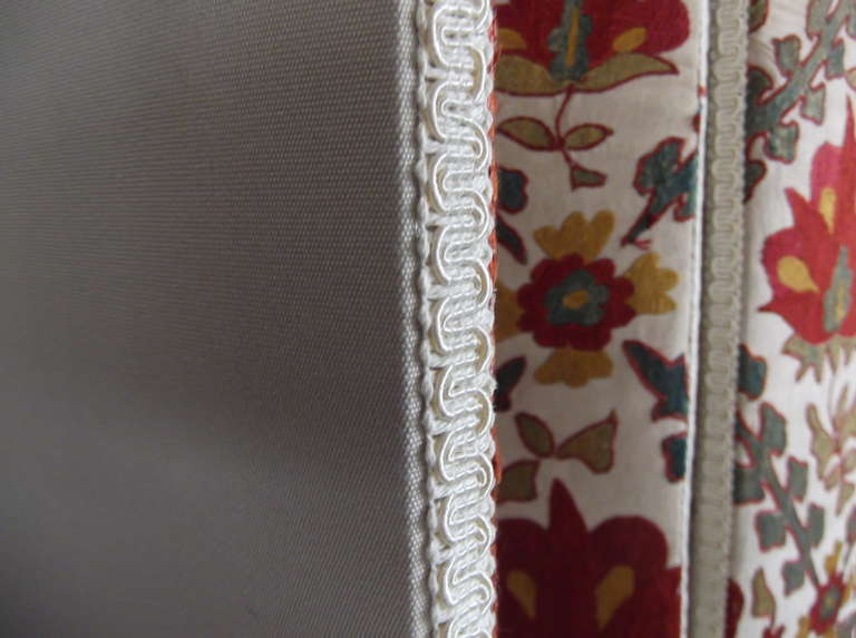 Hand Embroidery Suzani Textile Screen For Sale 4