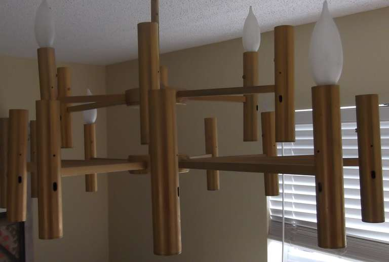 Modern chandelier For Sale 1