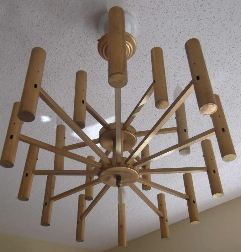 Modern chandelier For Sale 2