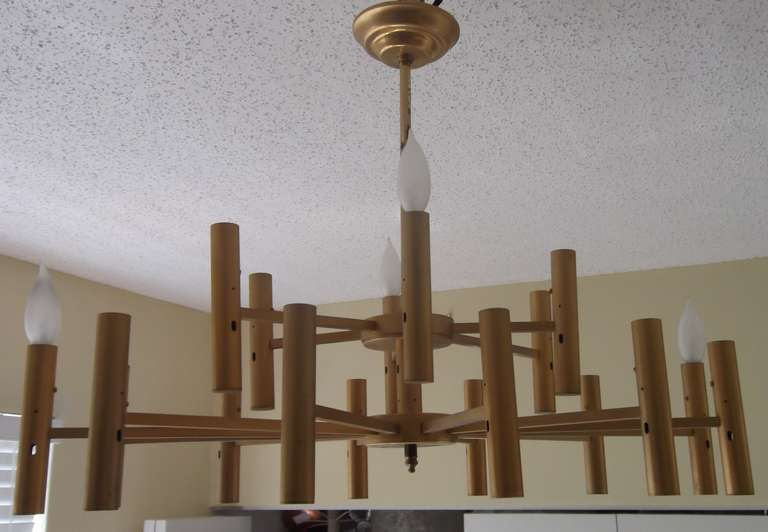 Modern chandelier For Sale 3