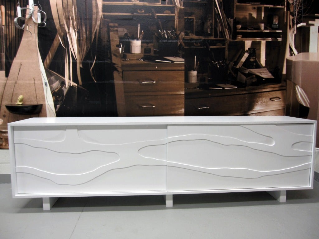 Cabinet with Sculpted doors by Jacques Jarrige image 4