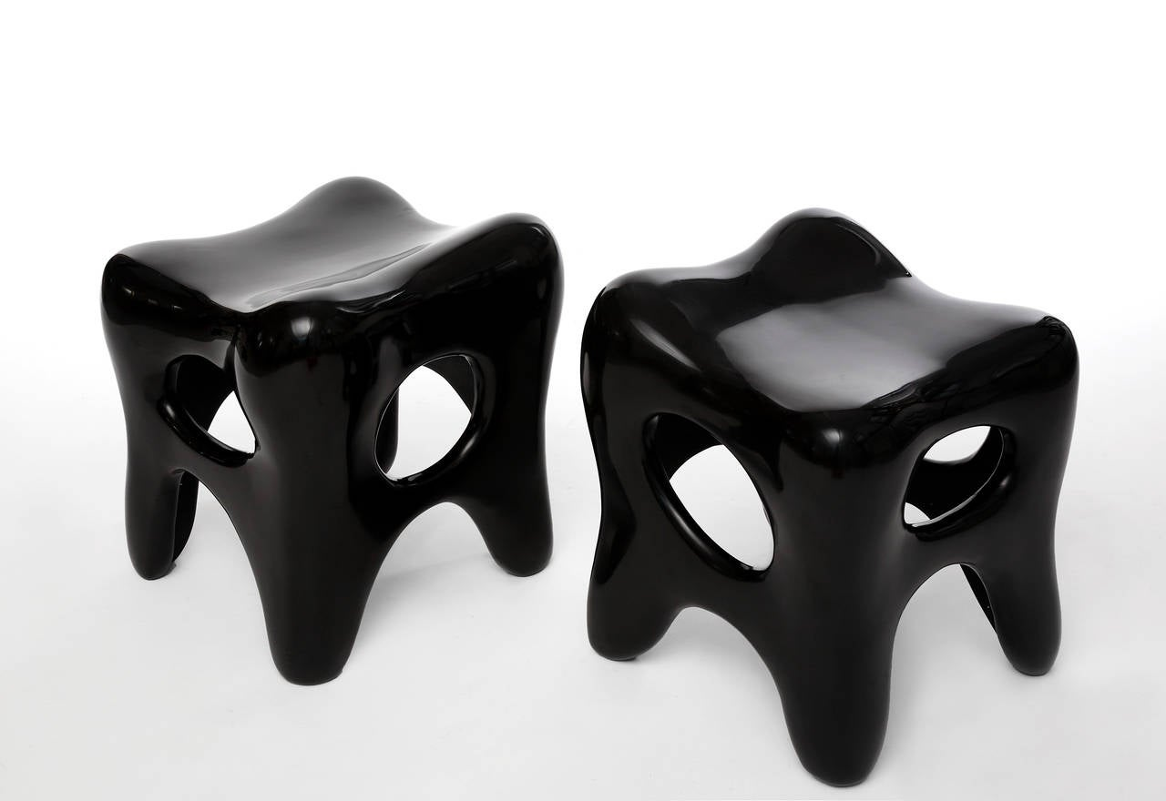 Pair of Hand-Lacquered Sculpted Stools by Jacques Jarrige, 2006 In Excellent Condition In New York, NY