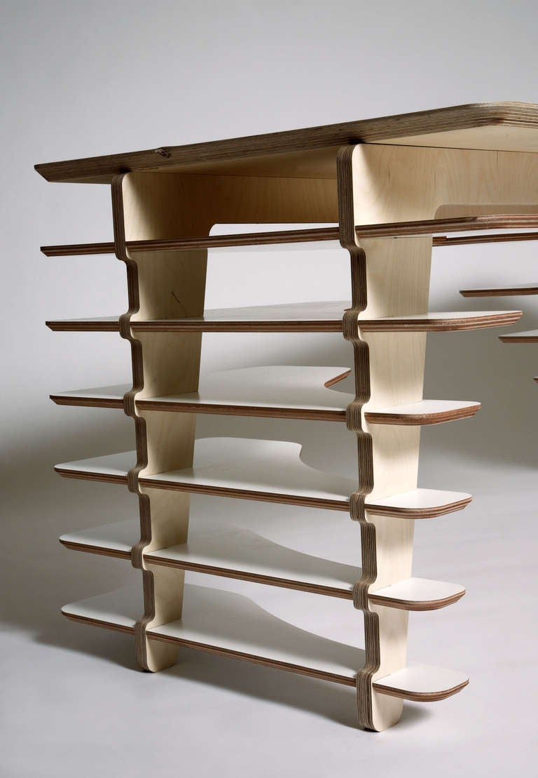 SOW Desk by Adrien de Melo In Excellent Condition For Sale In New York, NY