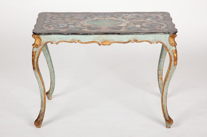 Italian Rococo Scagliola Table Top on Painted and Gilded Base In Good Condition For Sale In New York, NY
