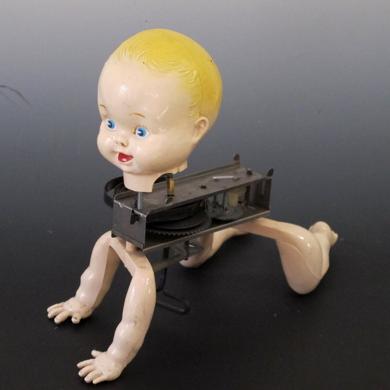 Mechanical Crawling Baby Doll 2