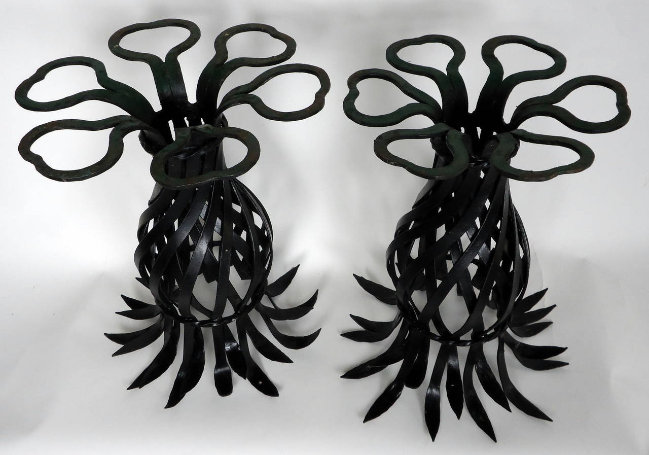 Mid-Century Modern Salterini Style Pair of Woven Wrought Iron Pineapple End Tables, circa 1970 For Sale