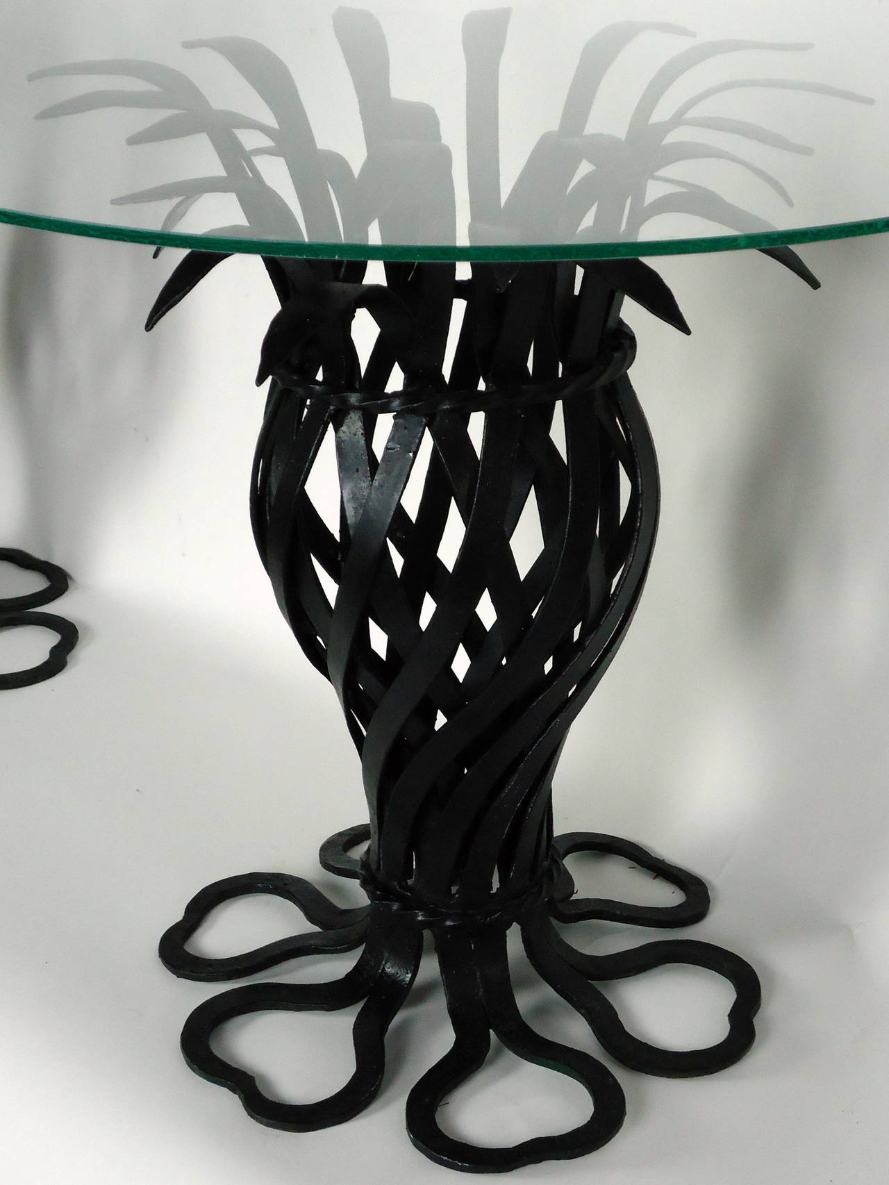 Salterini Style Pair of Woven Wrought Iron Pineapple End Tables, circa 1970 In Good Condition For Sale In Camden, ME