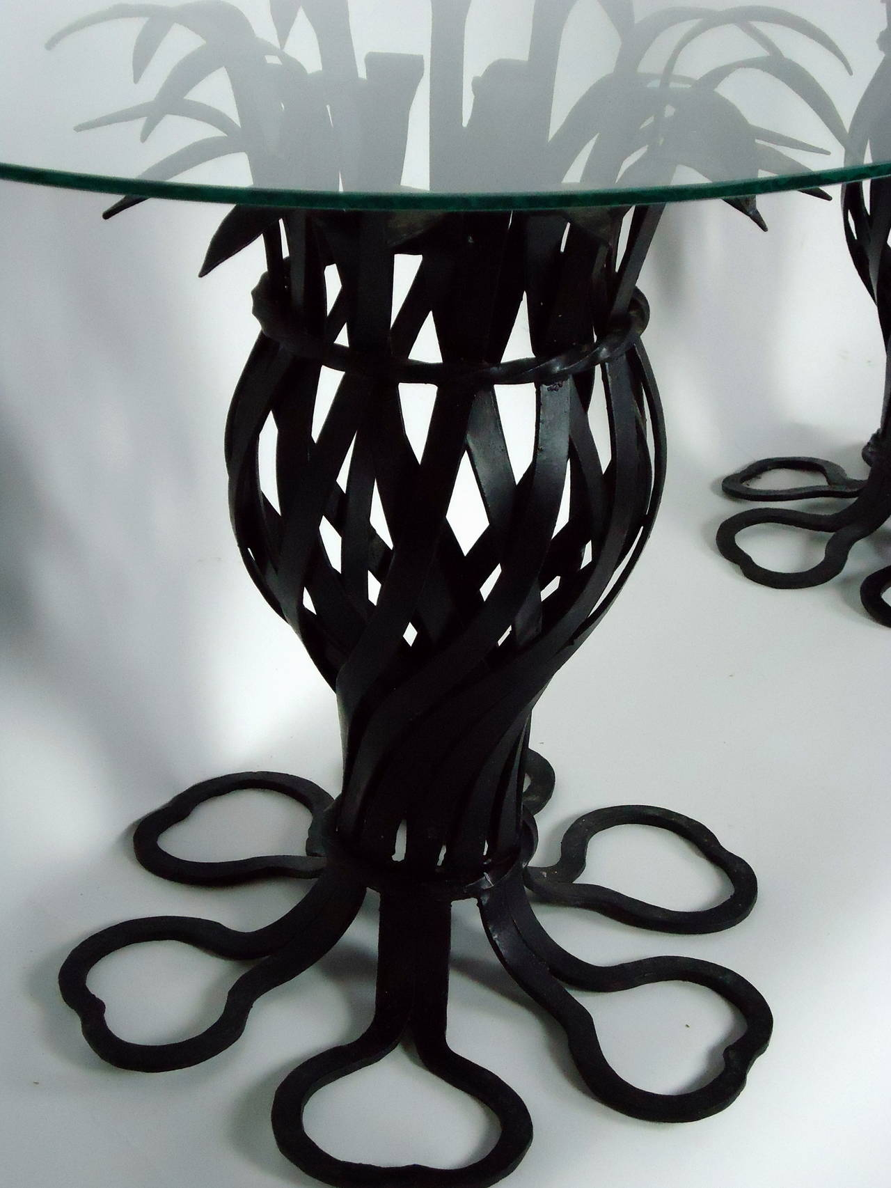 Salterini Style Pair of Woven Wrought Iron Pineapple End Tables, circa 1970 For Sale 1