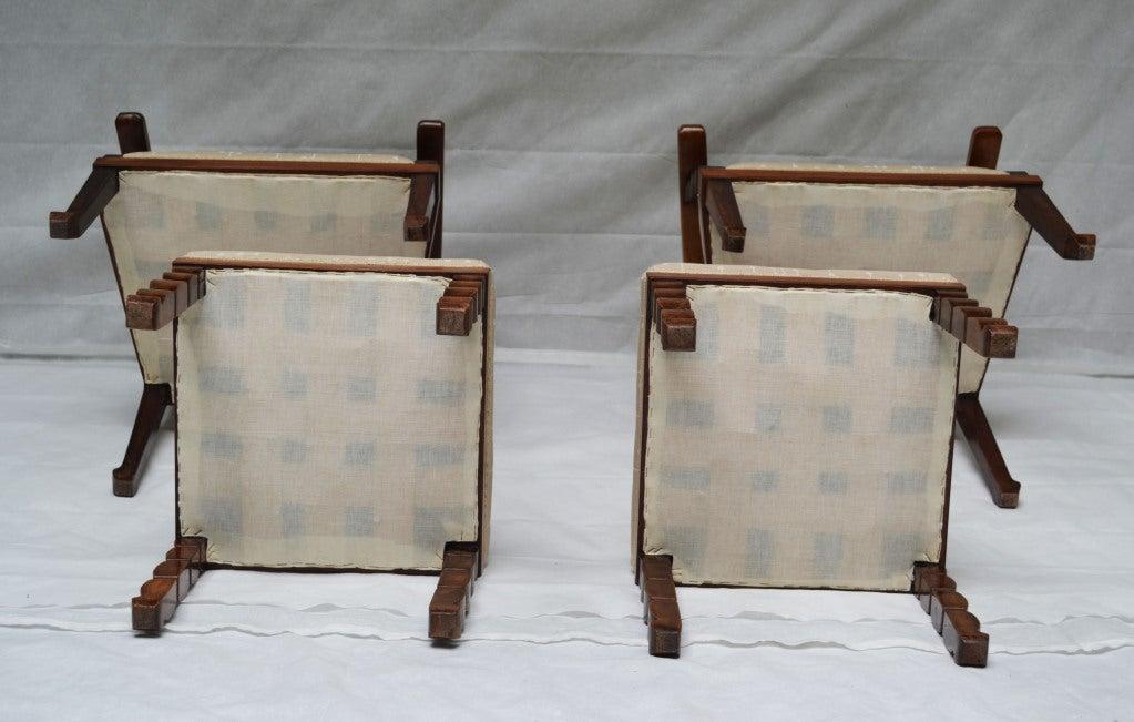 Italian, Venetian fruitwood Armchairs with Ottoman, circa 1925 For Sale 2