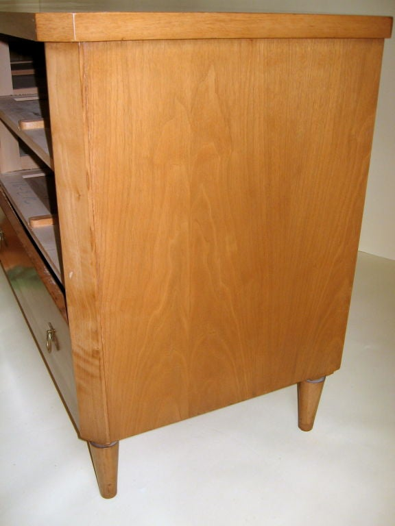 T.H. Robsjohn-Gibbings Chest of Drawers Widdicomb In Good Condition For Sale In Camden, ME