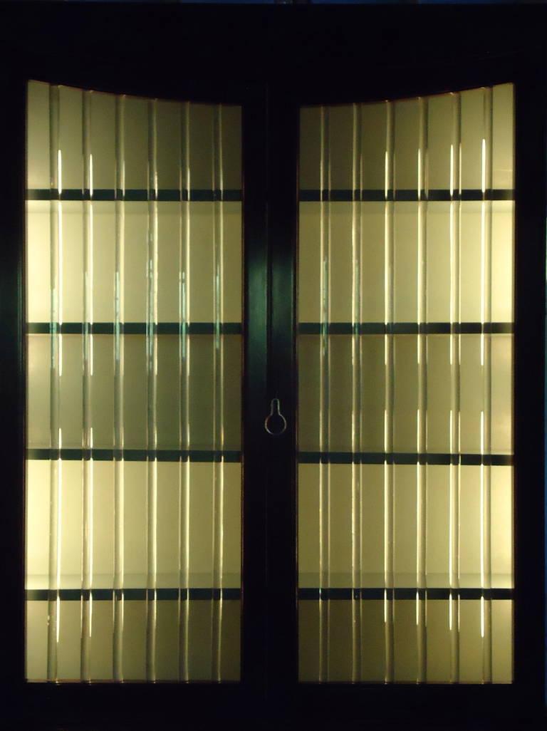 Art Deco Grosfeld House Lorin Jackson Glass Caned Illuminated Mahogany Vitrine circa 1940 For Sale
