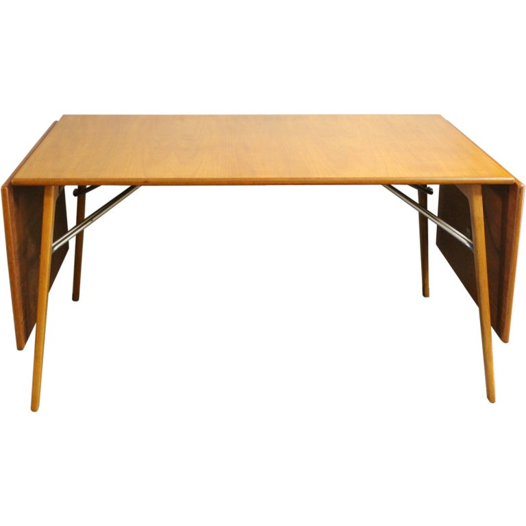Borge Mogensen  Drop Leaf Table