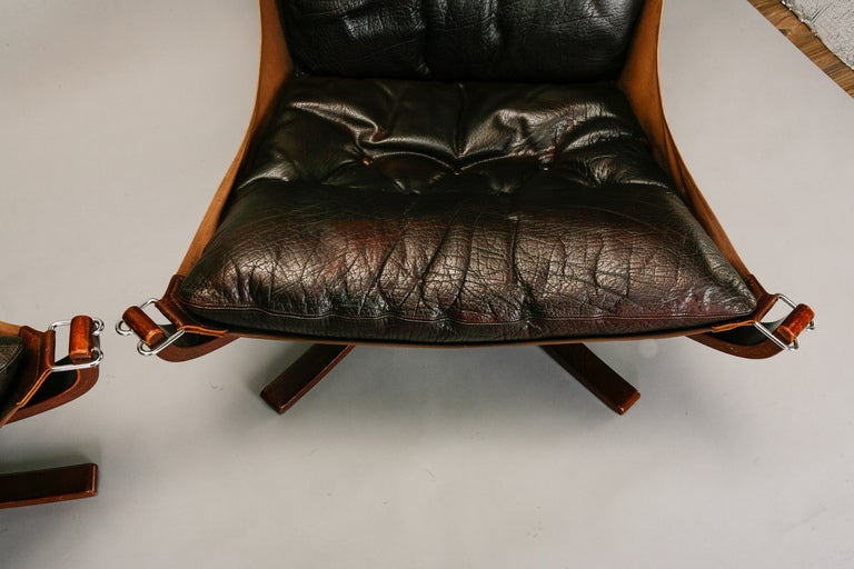 Pair Mid Century Sigurd Resell Falcon Chairs image 6