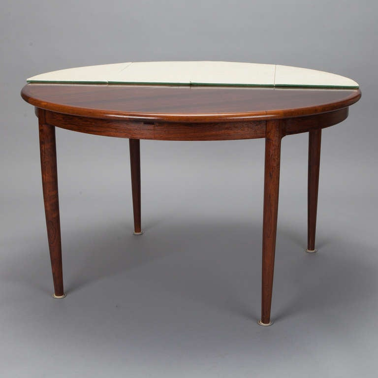 Niels moller for j moller 15 rosewood table with for Round table with butterfly leaf