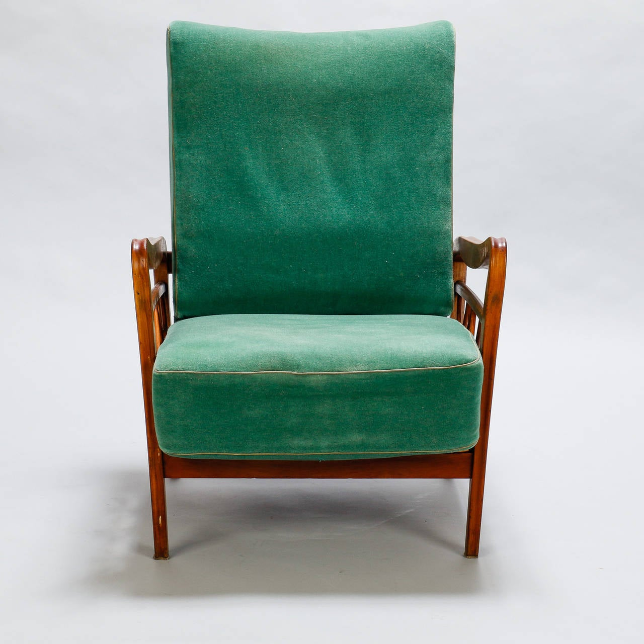 Mid-Century Modern Pair of Open Work Lounge Chairs in the Manner of Paolo Buffa For Sale