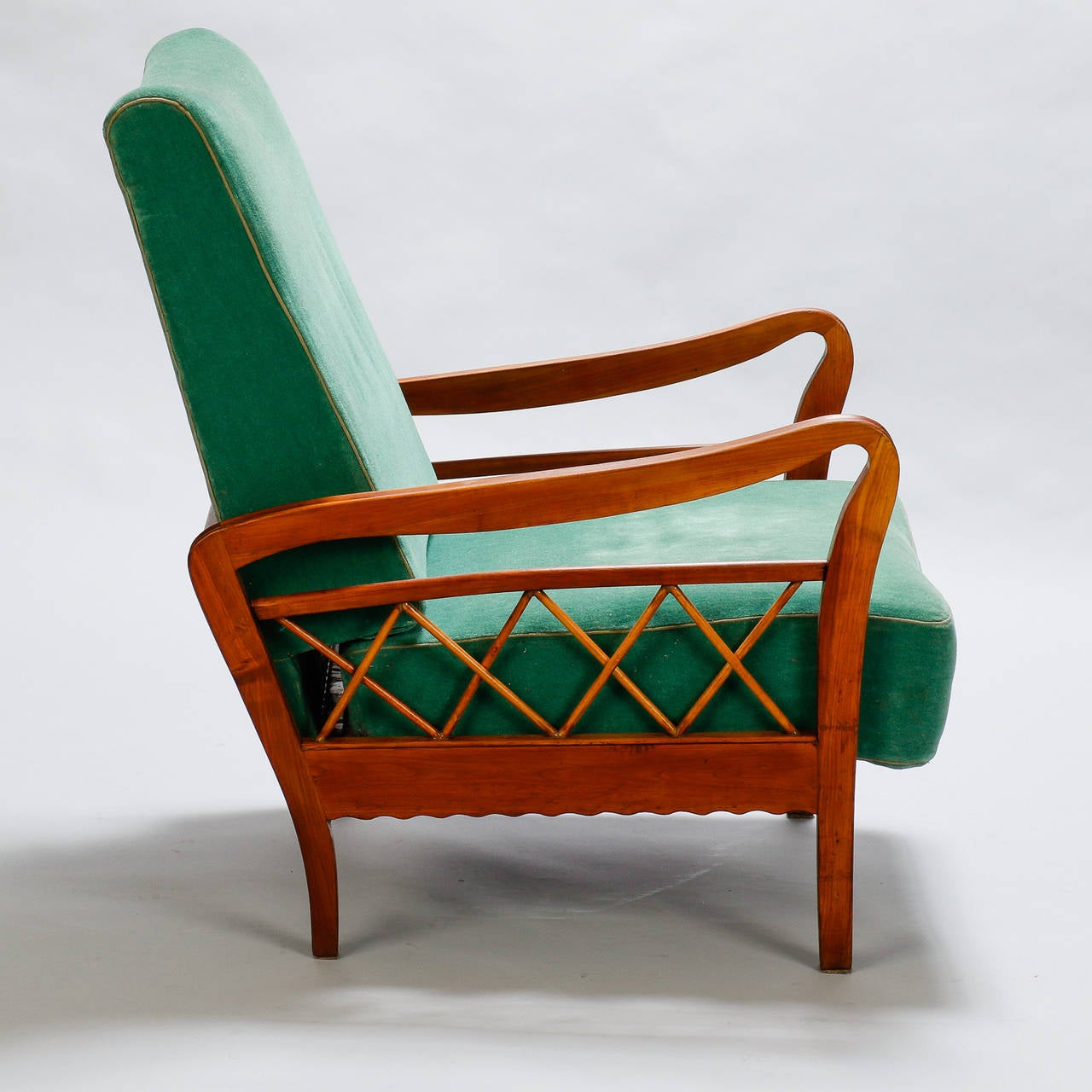 Pair of Open Work Lounge Chairs in the Manner of Paolo Buffa In Good Condition For Sale In Troy, MI