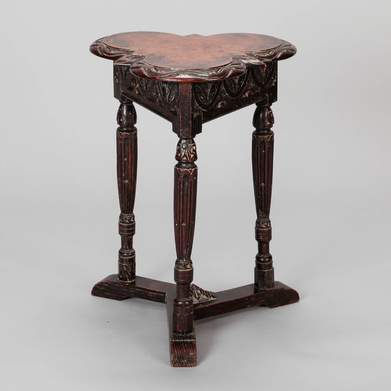 19th Century European Trefoil Carved Side Table 2