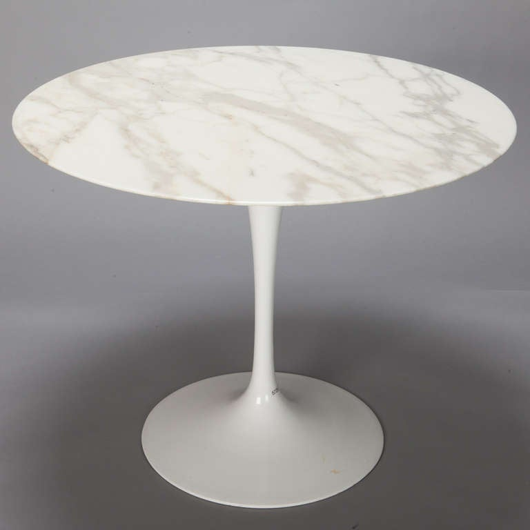Knoll Round Marble Top Pedestal Table At 1stdibs
