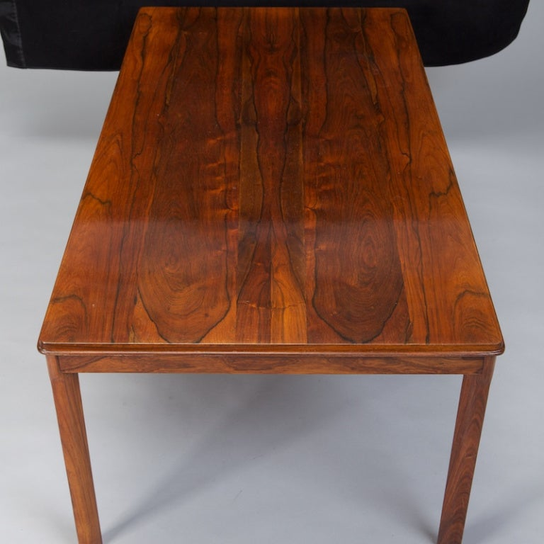Mid Century Rosewood Coffee Table by Rasmus Solberg at 1stdibs : 899913352332213 from www.1stdibs.com size 768 x 768 jpeg 63kB