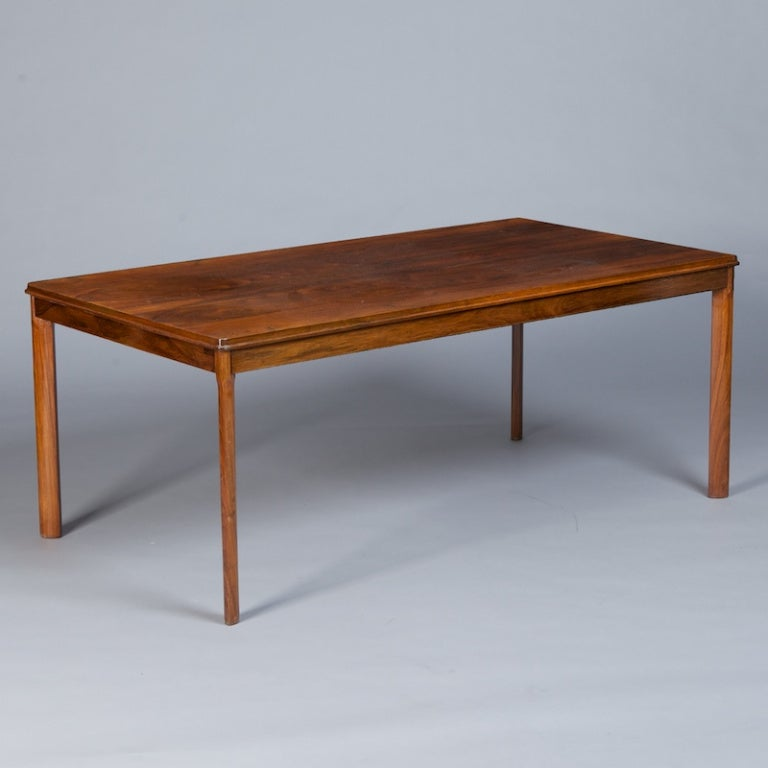 Mid Century Rosewood Coffee Table by Rasmus Solberg at 1stdibs : 899913352332214 from www.1stdibs.com size 768 x 768 jpeg 34kB