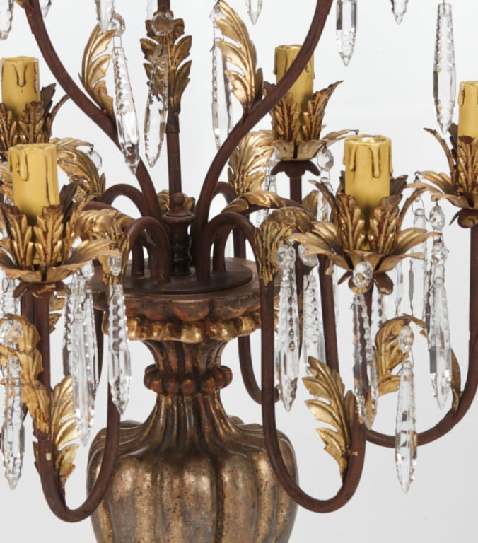 Pair of Large 19th Century Italian Giltwood and Crystal Lustre Lamps For Sale 1