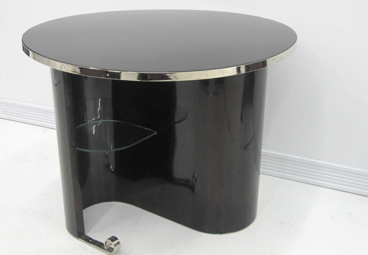 Polished French Modernist Art Deco Table For Sale