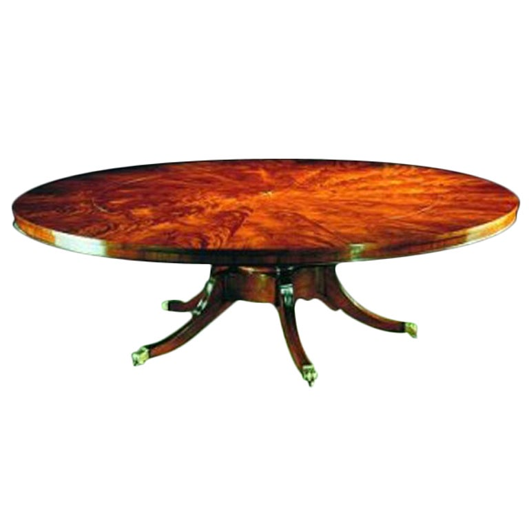 Mahogany circular extending dining table seats 10 12 for 10 seat dinning table