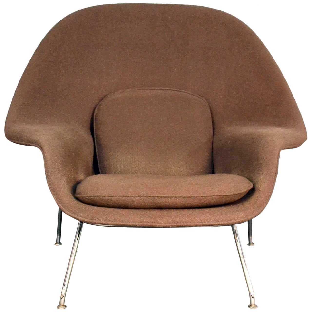 eero saarinen womb chair by knoll at 1stdibs. Black Bedroom Furniture Sets. Home Design Ideas